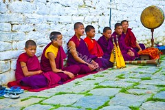 Bhutan (transcendentant) Tags: smiling religious colorful bhutan natural buddhist traditional kingdom shangrila monks friendly serene dzong relaxed tranquil himalayas mystic easygoing budhist genuine unspoiled grossnationalhappiness bhutanesefort