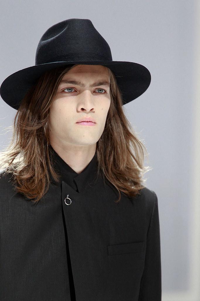 Marcel Castenmiller3306_SS12 Paris Dior Homme (VOGUEcom)