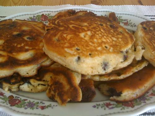 blaubeer pancakes 2 by FraeuleinKa