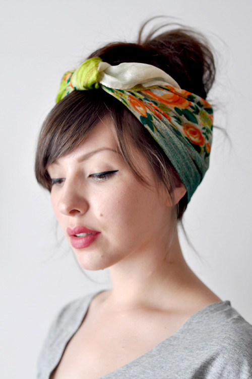 our a/c broke!  So I've put together a few survival kit and a cute hair scarf tutorial.
