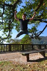 Jumping Project : Ju (jboiss) Tags: nature nikon ombre tokina lumiere heidelberg chateau schloss allemagne foret parc 1224mm filtre polarisant d7000