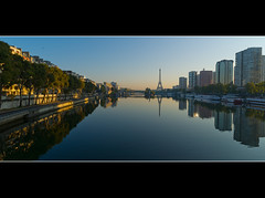 Double vision sur Javel (Zed The Dragon) Tags: morning light sunset paris france reflection seine architecture night french geotagged effects photography iso200 photo eau flickr view minolta photos sony martini eiffel images best full fave reflet most ciel frame getty pont faves 100 20mm fullframe alpha nuit postproduction sal zed francais bouteille lightroom quartier historique effets javel parisien flickrs favoris 15me 24x36 f140 ina a850 002sec sonyalpha hpexif minolta20mmf28 concordians 100commentgroup 100comment panoramafotogrfico dslra850 alpha850 mygearandme mygearandmepremium zedthedragon 100coms musictomyeyeslevel1 flickrstruereflection1 flickrstruereflection2