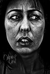LA VISAGE (NROmil) Tags: portrait woman blanco face look mujer eyes flickr retrato negro cara lips occhi desolación labios mirada sombras miedo visage oscuro regardez preocupación