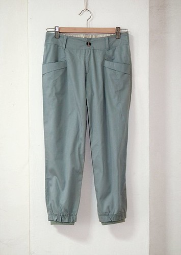 35_Beau Blue 3 Quarter Pants with rib leg