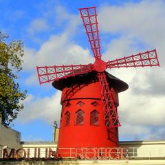 Le Moulin toujours Rouge!