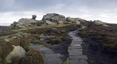 Back Tor (l4ts) Tags: autumn landscape heather derbyshire peakdistrict darkpeak moorland gritstone southyorkshire derwentedge backtor trigpoint derwentmoors britnatparks flagstonepath