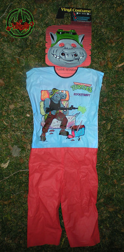 "Collegeville Costumes :: TEENAGE MUTANT NINJA TURTLES { OPPOSITION FORCES! } : ""ROCKSTEADY"" Medium Children's Costume with Mask i (( 1990 ))"