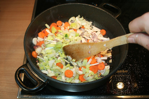 06 - Gemüse anbraten