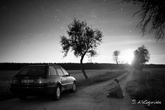 Selbstbildnis im Schein des Mondes (Der Wildi) Tags: auto moon night stars mond nikon nacht moonlight feldweg gegenlicht sterne sternenhimmel leegnd leendgrad audia6c4avant d700afs35mmf14g