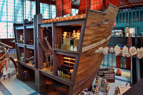 Maritime Experiential Museum and Aquariu by chooyutshing, on Flickr