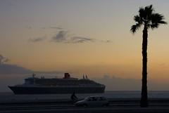 Fotos del Queen Mary 2 en Las Palmas de Gran Canaria Islas Canarias (El Coleccionista de Instantes) Tags: tourism boats puerto spain mary queen cruiser travellog cruceros trasatlantico cruceristas turismodecruceros turismodecrucerosenlaspalmasdegrancanaria fotosdelqueenmary2 imagenesdelqueenmary2 fotografiasdelqueenmary2 turismodecrucerosengrancanaria