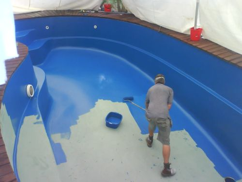 pintura-de-clorocaucho-para-piscinas