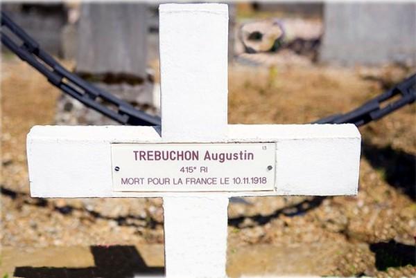 Augustin Trébuchon grave