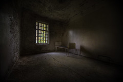 Enjoy your stay  : (andre govia.) Tags: light cold abandoned window hospital bed paint decay room low andre mad sanatorium asylum psychiatric ue lier urbex govia exploreing