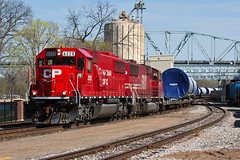 CP 6228 - Windmill Train - Red Wing, MN (John Fladung) Tags: railroad train canadianpacific cp emd redwingmn emdsd60 soo6062 windmilltrain cp6228