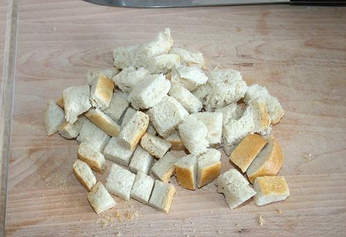 09 - Brot in Würfel schneiden