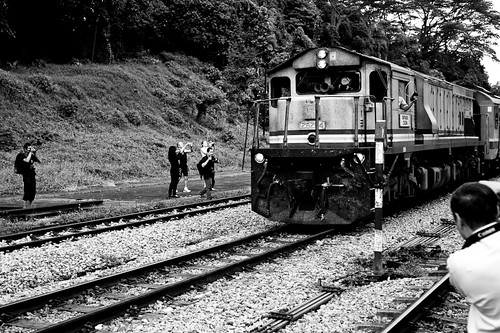 A train pulling into Bukit Timah Station