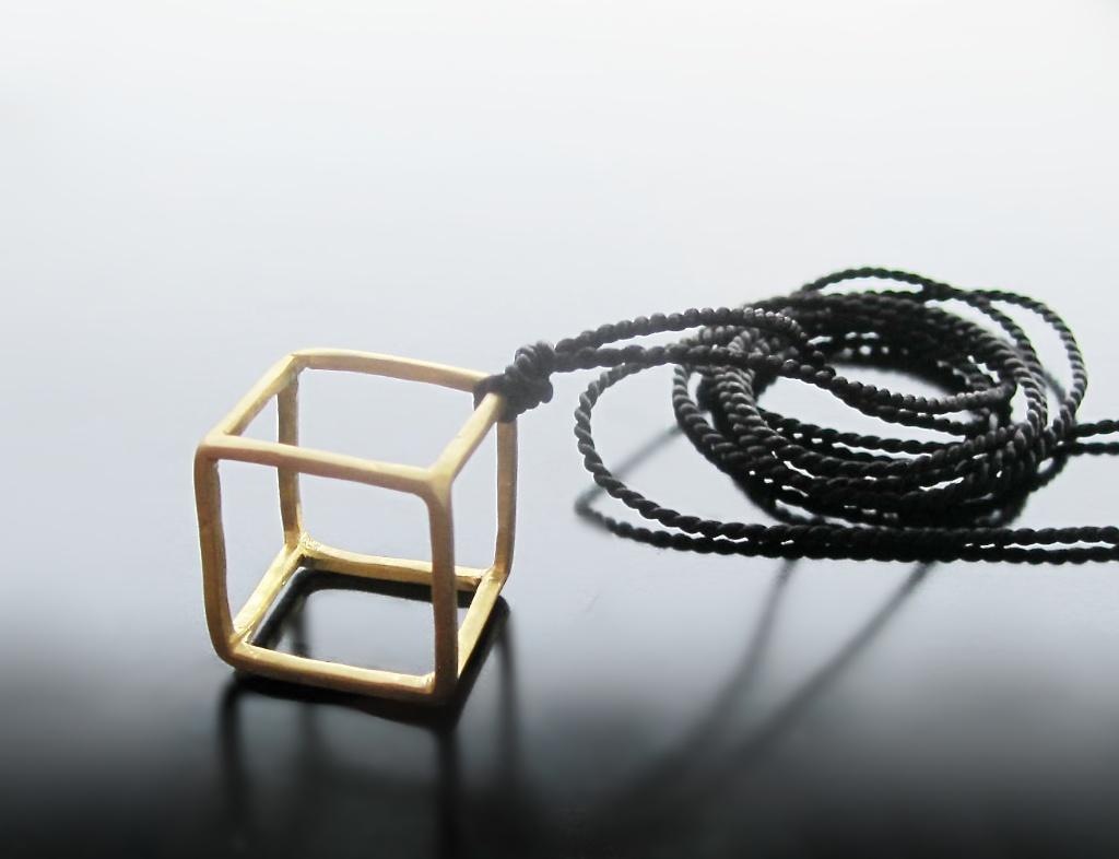 """TADA365 #277 Gold plated """"cube"""" pendant"""