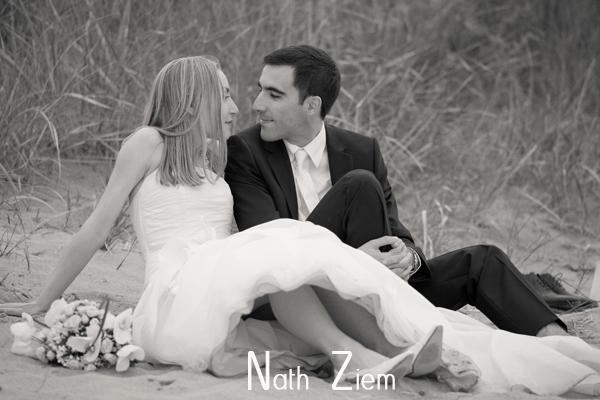 dunes_couple