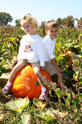 2011-Kids-Pumpkin-Pic