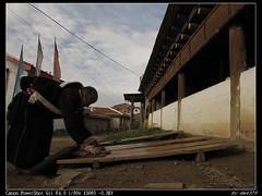 IMG_1470 (dm4379) Tags: praying tibetan sichuan