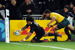 Ma'a Nonu goes over the line for the first try 16/10/2011