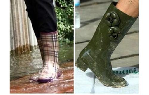 ร้ายสไตล์บายรุ้งรวี: Flood On Facebook : น้ำท่วมบนเฟซบุ๊ก