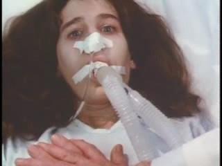 mujer en ventilador