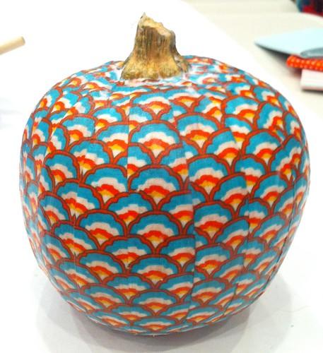 mod podge pumpkins 8