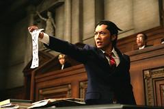 111028(2) - 真人電影《逆轉裁判》確定2012/2/11上映,首張法庭劇照與主題曲樂團一同出爐!