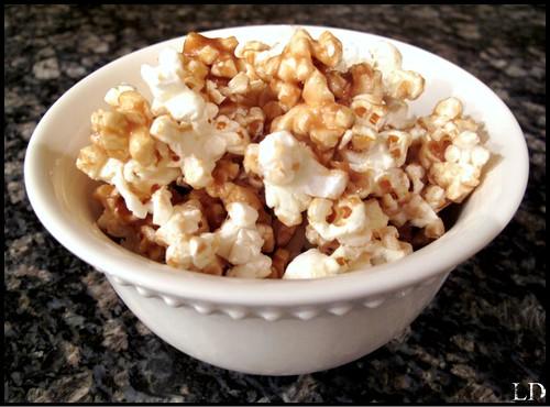 caramel corn1