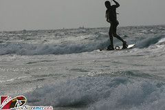 IMG_2802 (Streamer -  ) Tags: ocean friends sunset sea kite beach israel jump surf wind local 20 18  kitesurf knots parachute streamer kyte     ashkelon   ashqelon