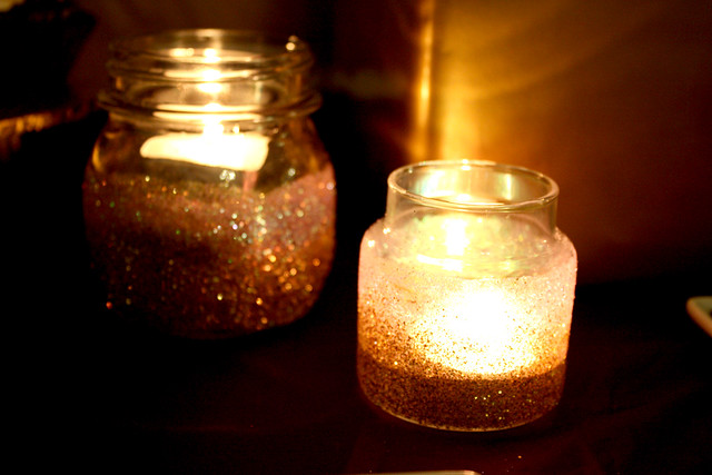 DIY: Glittered Candle Jars