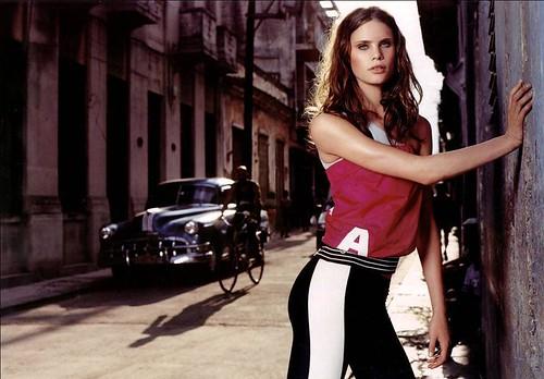 Adina-Fohlin-guapa-modelo-sueca