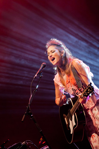 807/1000 - KT Tunstall by Mark Carline