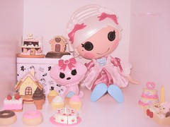 Sweet Little Girl.... (PinkWorld) Tags: cute cake cupcakes sweets rement suzette sucre sugarland candyland duchess pinkworld keysi lalaloopsy lasweet