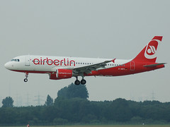 D-ABFK Airbus A320 Air Berlin (johnyates2011) Tags: airplanes airbus dusseldorf airberlin dabfk