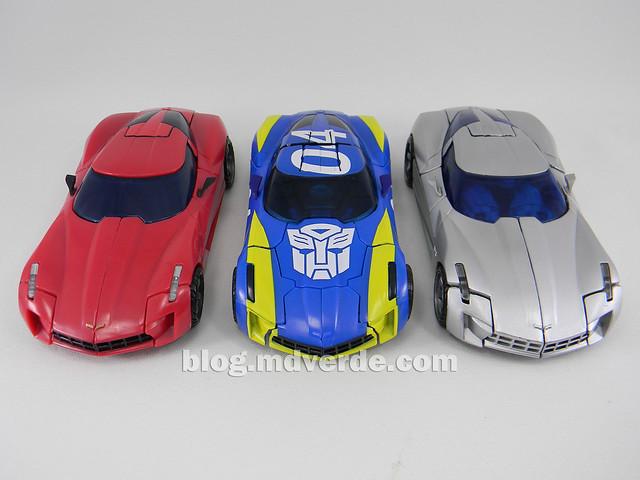 Transformers Sideswipe DotM Deluxe Walmart - modo alterno vs RotF vs Swerve