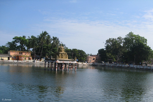 Temple tank, Thiruporur