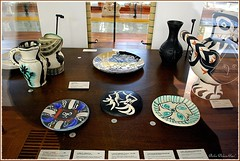 Il y a aussi une belle collection de faïences peintes par Picasso (Barbara DALMAZZO-TEMPEL) Tags: faïence picasso vase lapiscine céramique roubaix muséedartetdindustrieandrédiligent