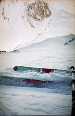 Moment of truth. 6750m, 50+ (S_Peter) Tags: china ski film analog zeiss skiing extreme tian mountaineering 28 mm analogue shan 35 kyrgyzstan steep pik alpin tien pobedy alpinism sonnar bergsteigen pobeda kirgistan kirgisien