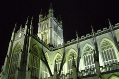 Bath Abbey at night (marathoniano) Tags: city greatbritain inglaterra england art church abbey architecture town arquitectura bath village arte unitedkingdom pueblo iglesia somerset villa ayuntamiento abada reinounido poble gtic gtico ghotic granbretaa gtic marathoniano ramnsobrinotorrens