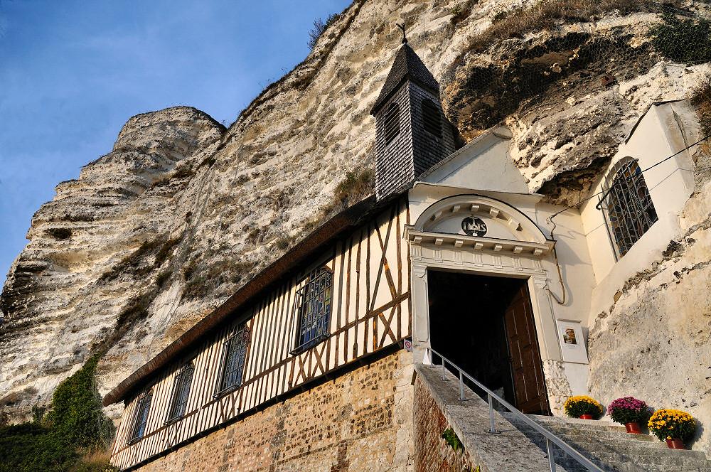 Chapelle troglodyte de Saint-Adrien