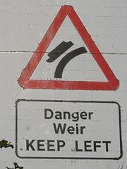 Dangerweir - keep left (shaggy359) Tags: red sign danger warning boat triangle bend trent keep curve left staffordshire narrow narrowboat weir keepleft trentandmerseycanal alrewas oblong trentandmersey staffs trentmerseycanal wychnor trentmersey