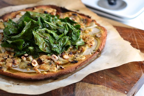 pizza, pear, blue cheese, chickpea flour