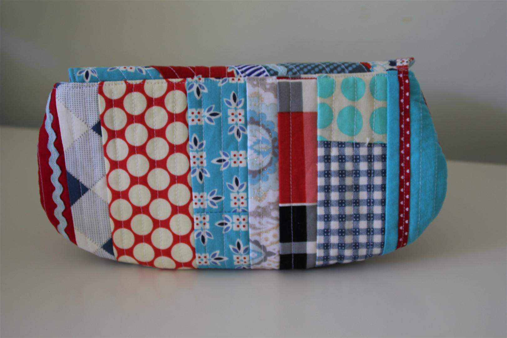 Scrappy swap pouch back
