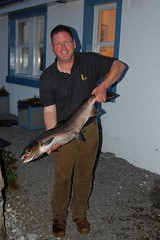 A 13lbs hen for John (thomvb) Tags: fishing salmon stinchar knockdolian