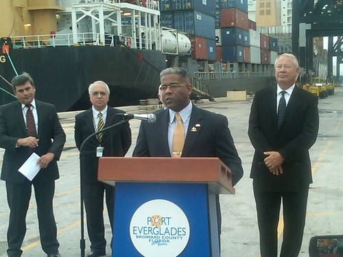 Port Everglades- talking Free Trade Agreements