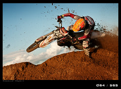 J64D  whip turn (Emmanuel DEPARIS) Tags: simon sand sable motocross mx plage freeride loon deparis motoland