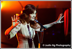 25/10/2011 - Florence and The Machine Perform at Hackney Empire, London (justin_ng) Tags: uk england london redhead inconcert hackneyempire greaterlondon florenceandthemachine florencewelch b4867 25thaugust2011 onstageonstage
